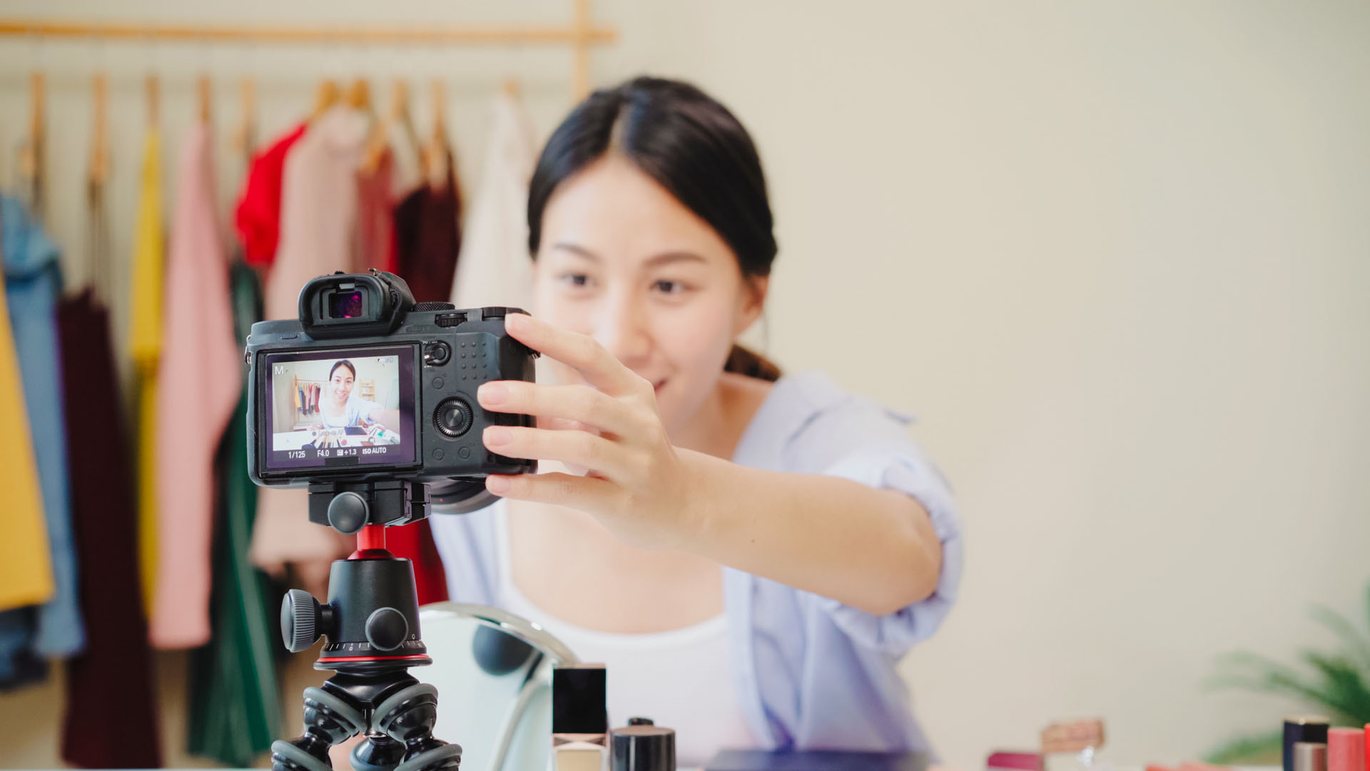 Livestream retail shopping – the future of retail